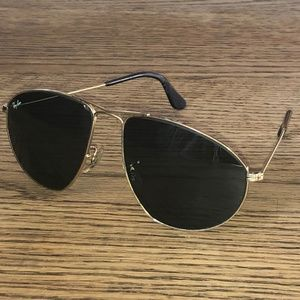 Ray-Ban Metal  W1082 Sunglasses Vintage